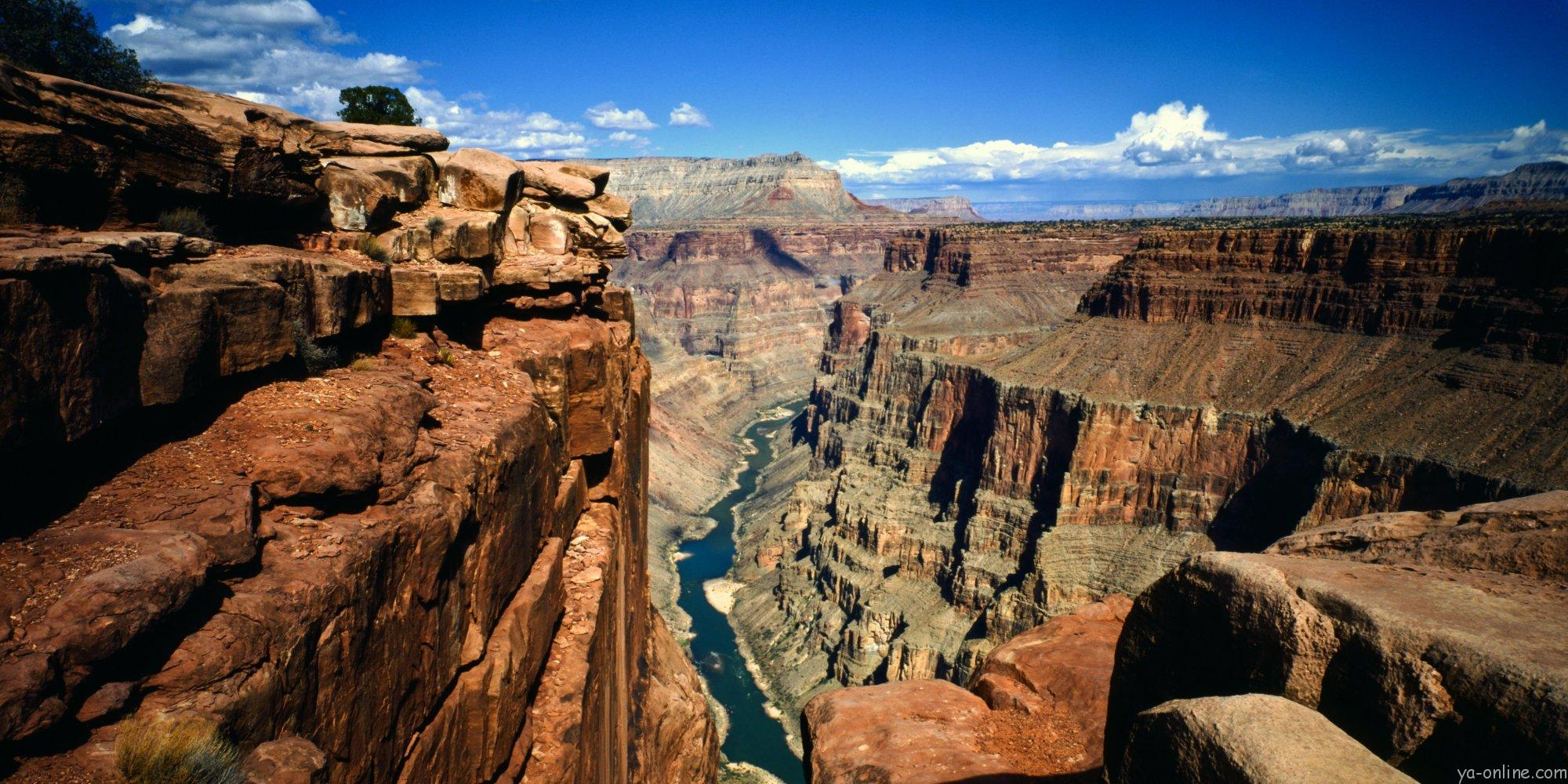 Arizona, Grand Canyon National Park, Toroweap Overlook a vertical panorama of the Canyon from Rim to River. (Photo by: Universal Images Group via Getty Images)
