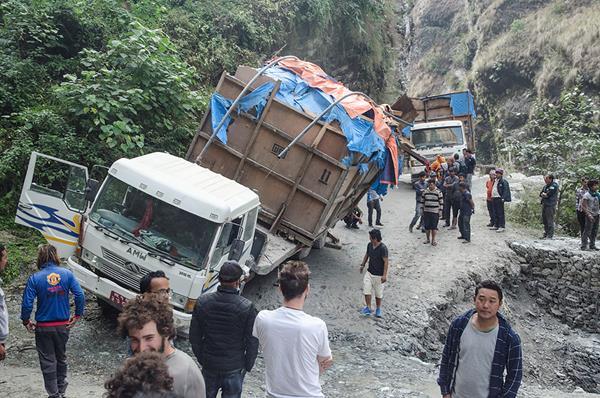 Дорога в Покхару из Джомсома